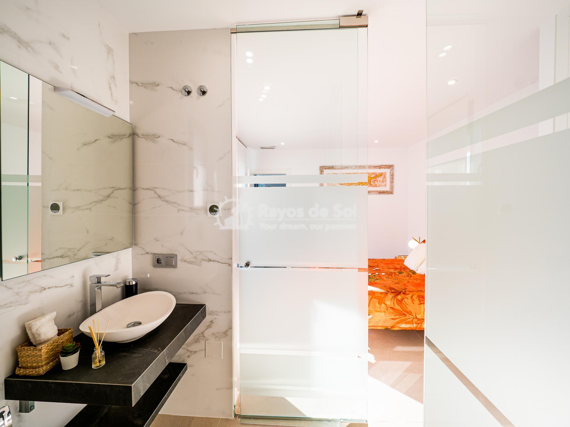 Newbuild villas in La Finca, Algorfa, Costa Blanca (LFHELFV3-2) - 13