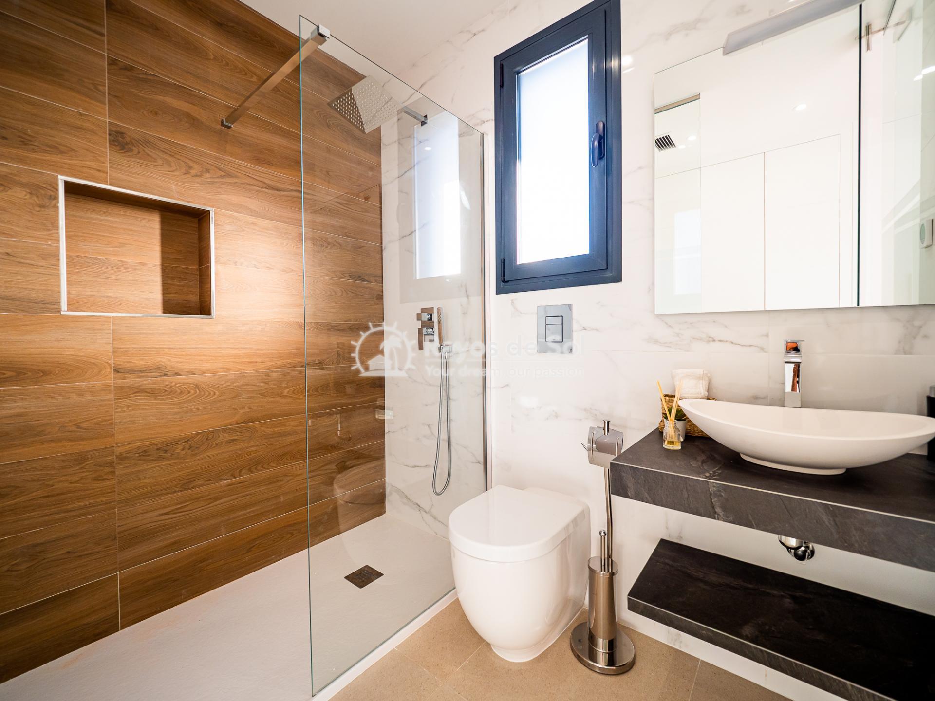 Newbuild villas in La Finca, Algorfa, Costa Blanca (LFHELFV3-2) - 15