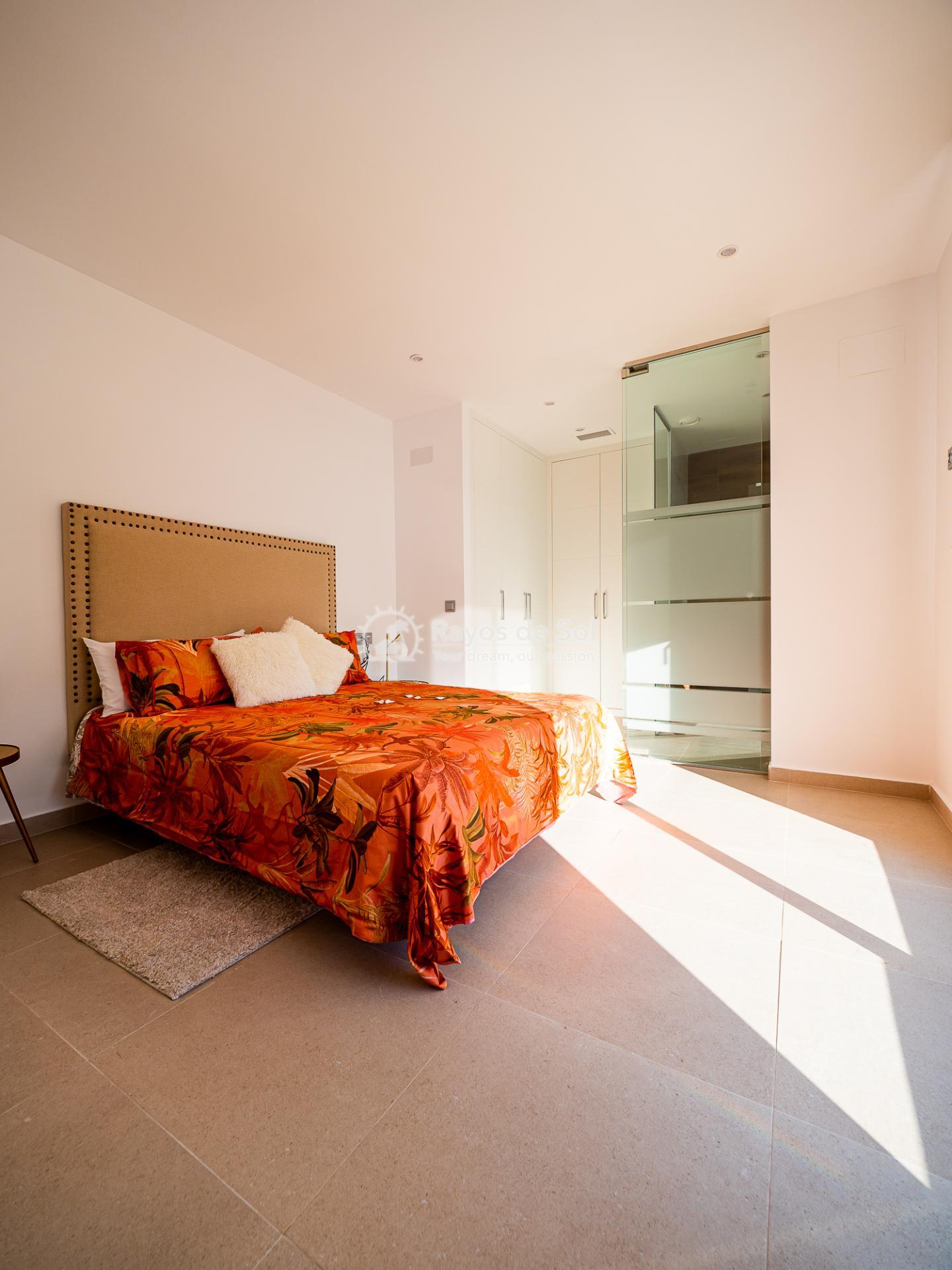 Newbuild villas in La Finca, Algorfa, Costa Blanca (LFHELFV3-2) - 12