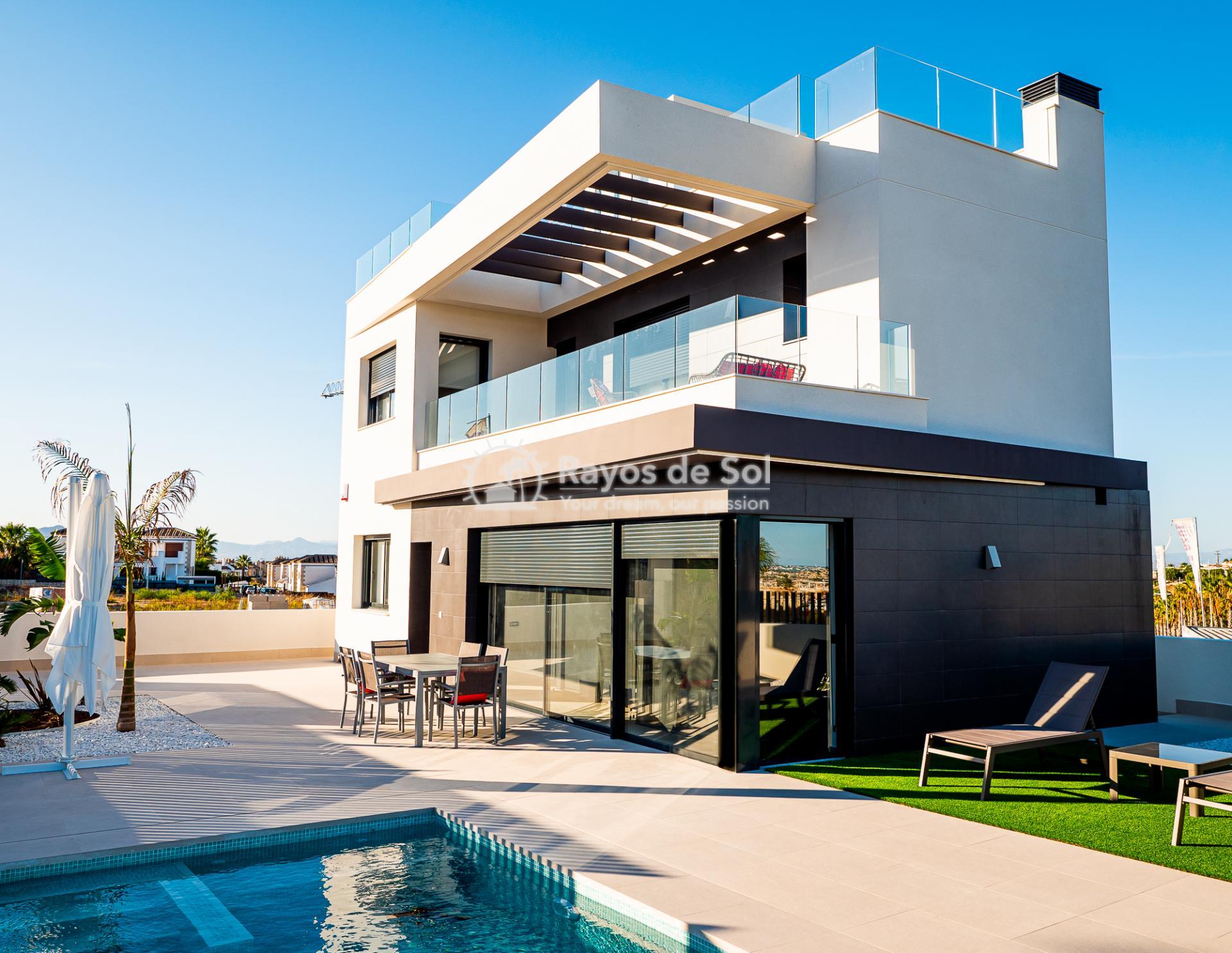 Newbuild villas in La Finca, Algorfa, Costa Blanca (LFHELFV3-2) - 2