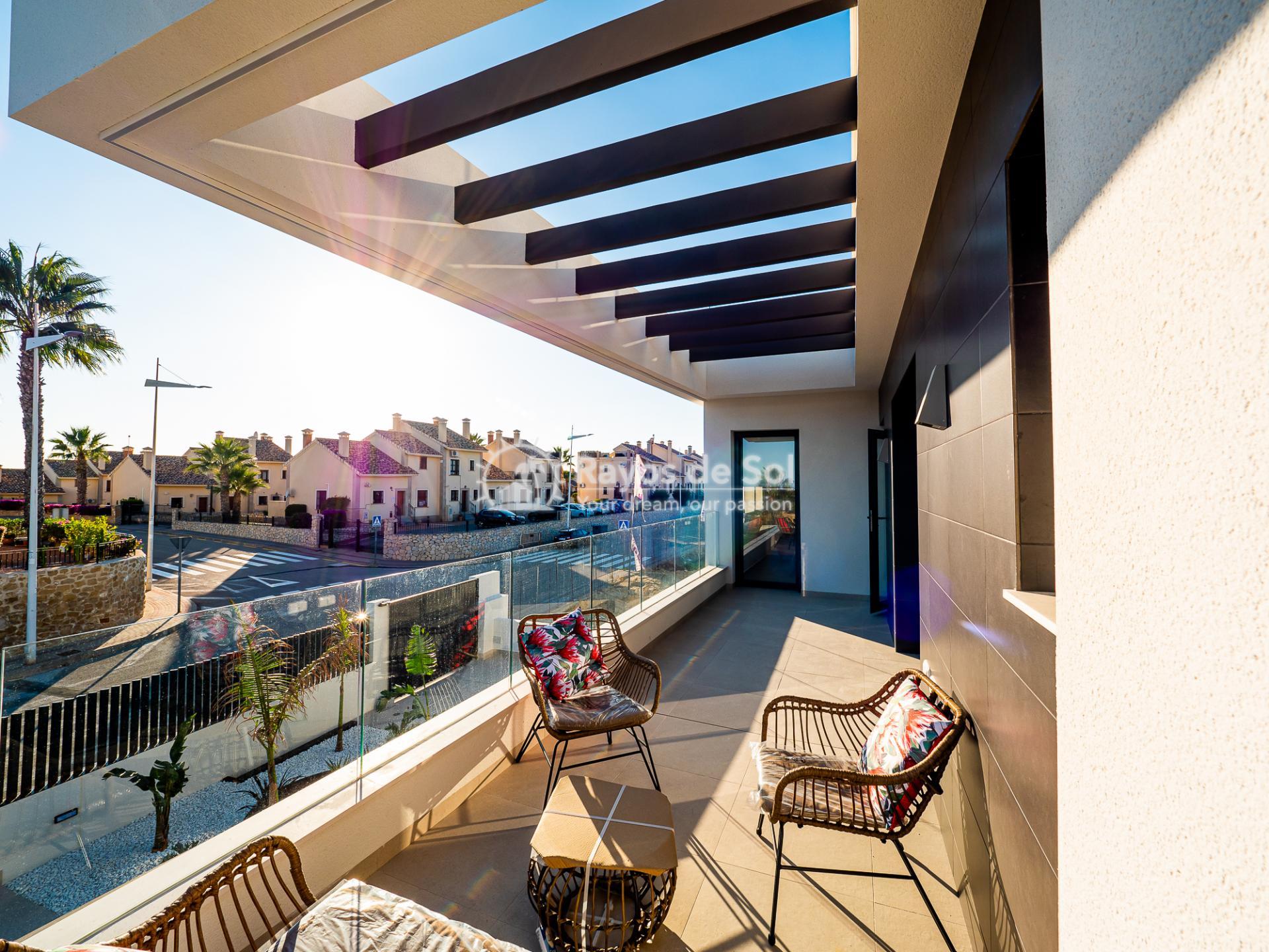 Newbuild villas in La Finca, Algorfa, Costa Blanca (LFHELFV3-2) - 61
