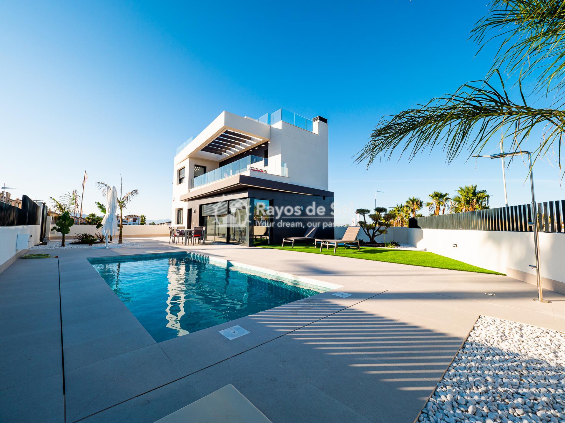 Newbuild villas in La Finca, Algorfa, Costa Blanca (LFHELFV3-2) - 1