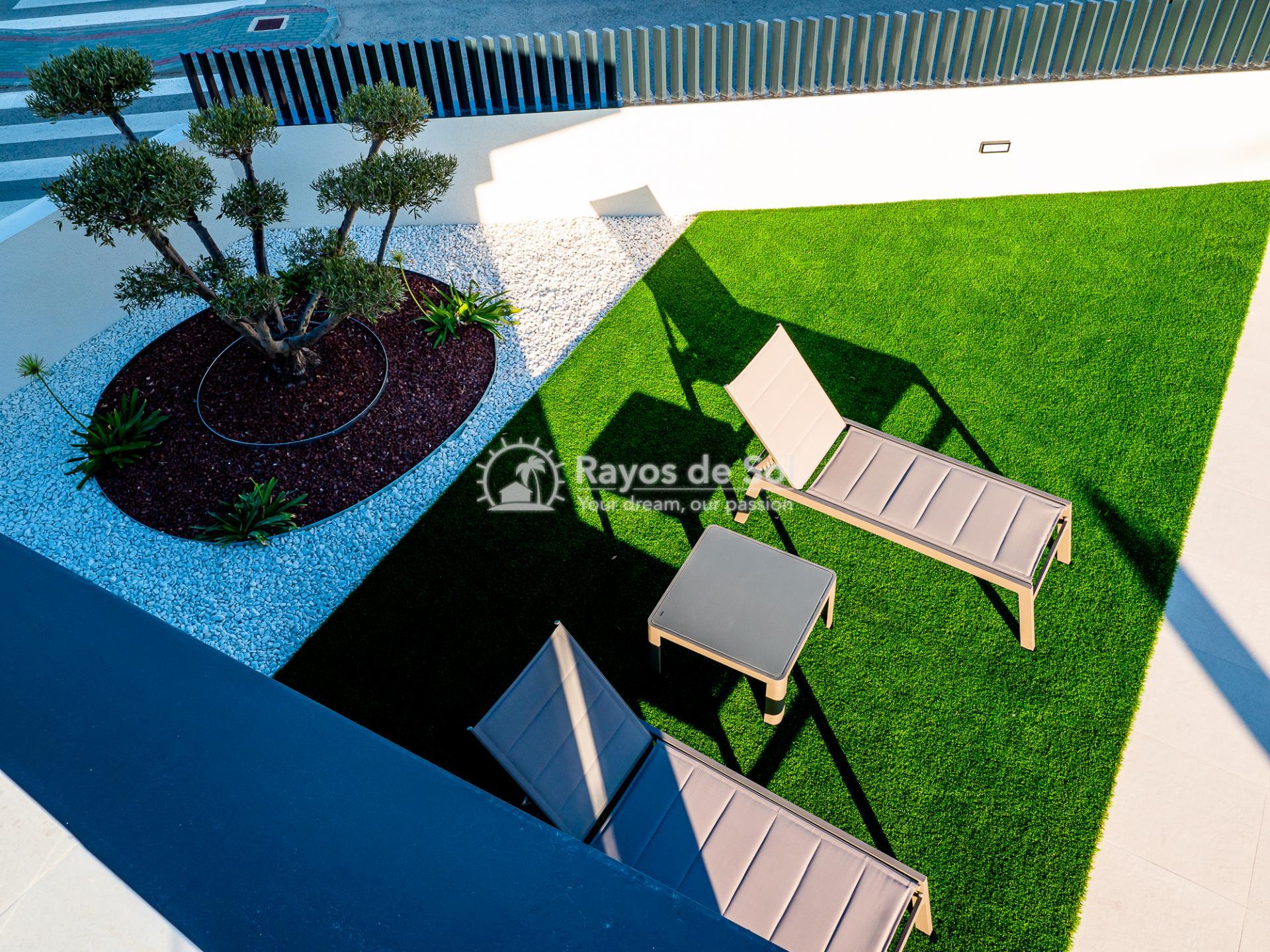 Newbuild villas in La Finca, Algorfa, Costa Blanca (LFHELFV3-2) - 70