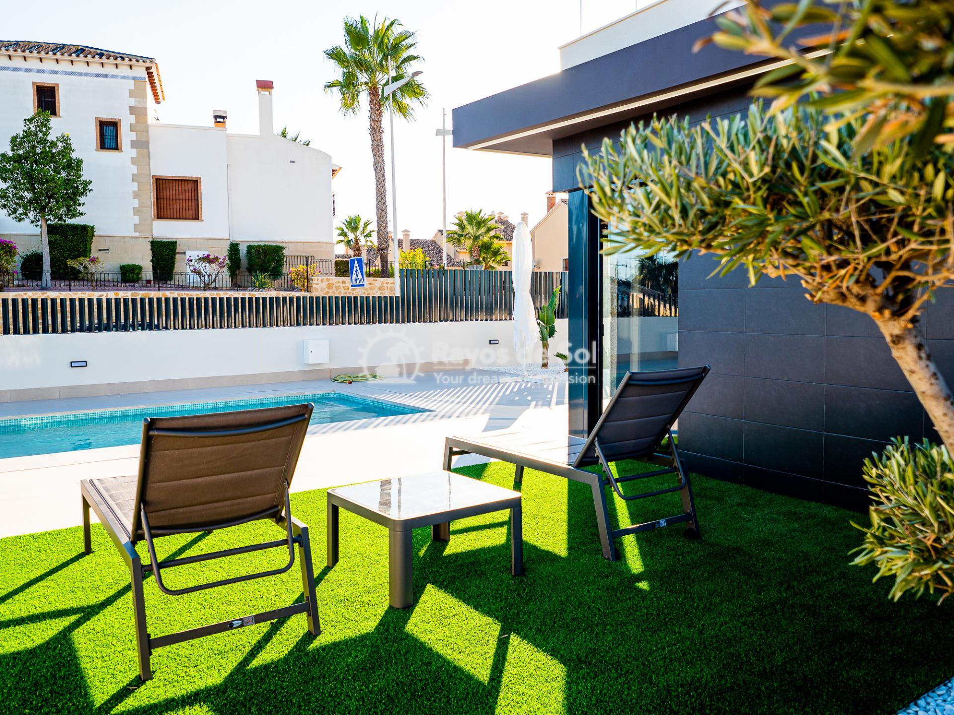 Newbuild villas in La Finca, Algorfa, Costa Blanca (LFHELFV3-2) - 65