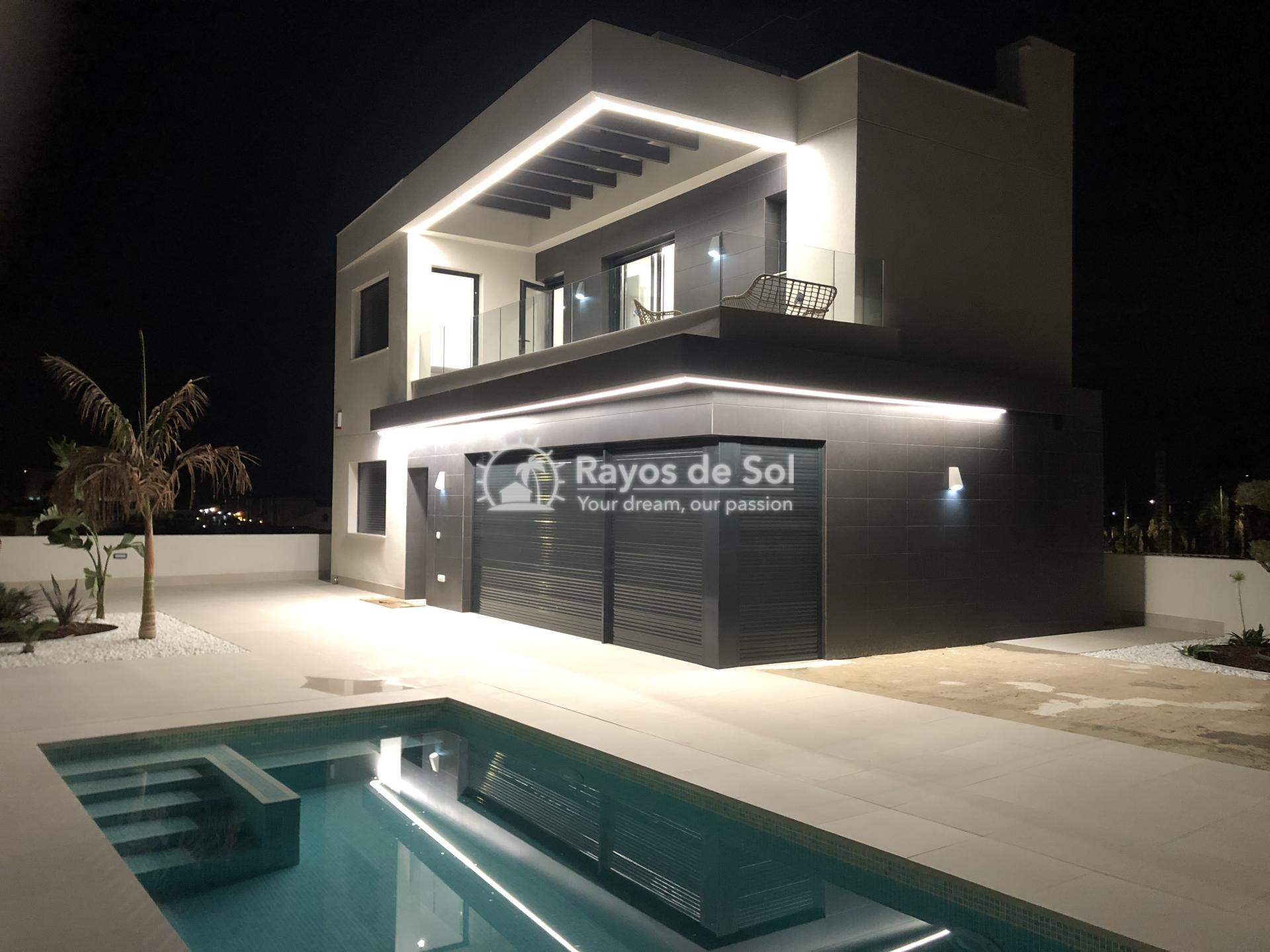 Newbuild villas in La Finca, Algorfa, Costa Blanca (LFHELFV3-2) - 77