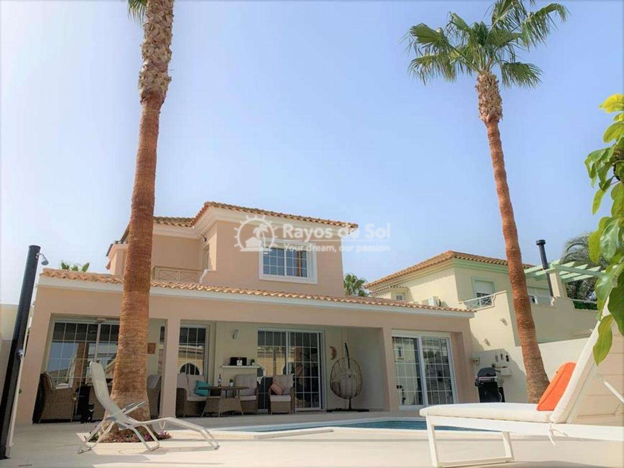 Villa  in Altaona Golf,  (590302-svm) - 1