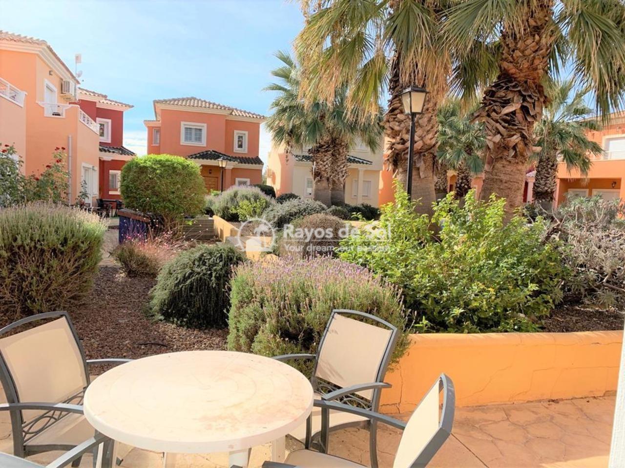 Villa  in Altaona Golf,  (592993) - 2