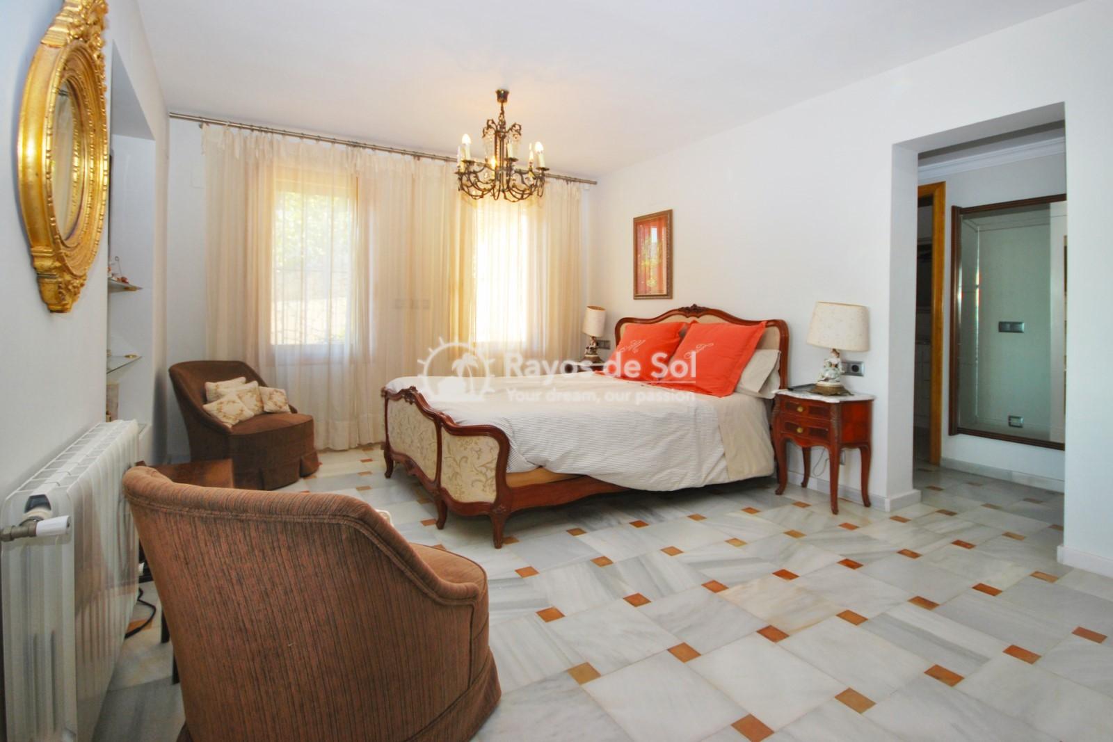 Villa  in Calpe, Costa Blanca North (3551) - 16
