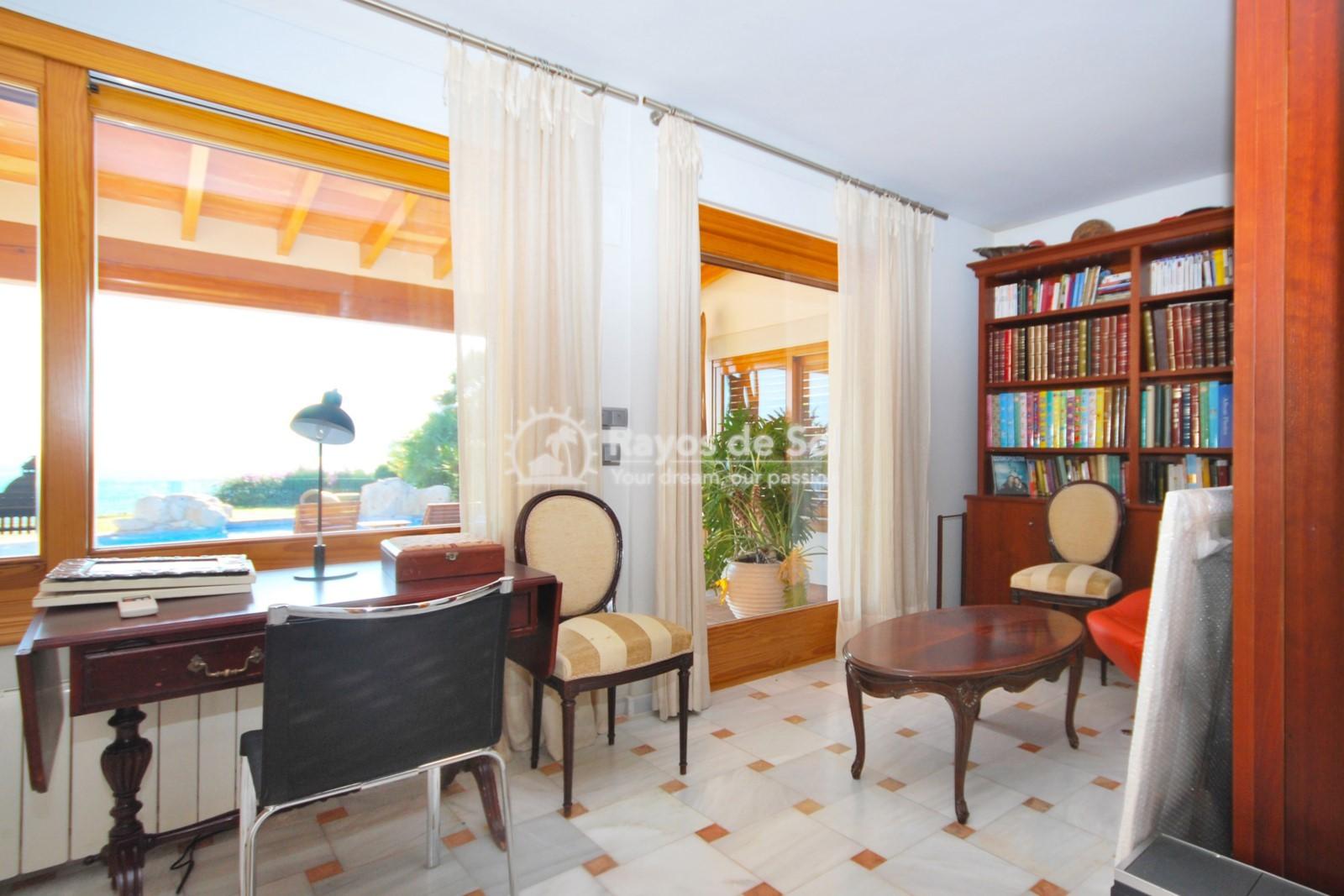 Villa  in Calpe, Costa Blanca North (3551) - 20