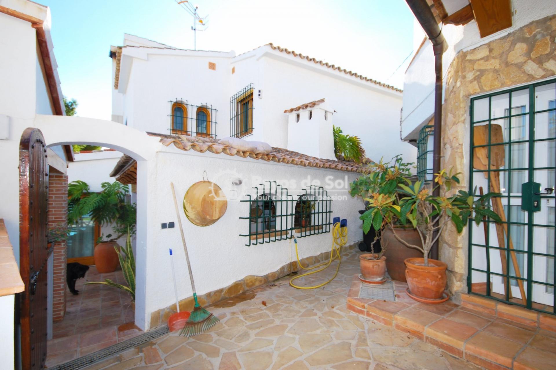 Villa  in Calpe, Costa Blanca North (3551) - 27
