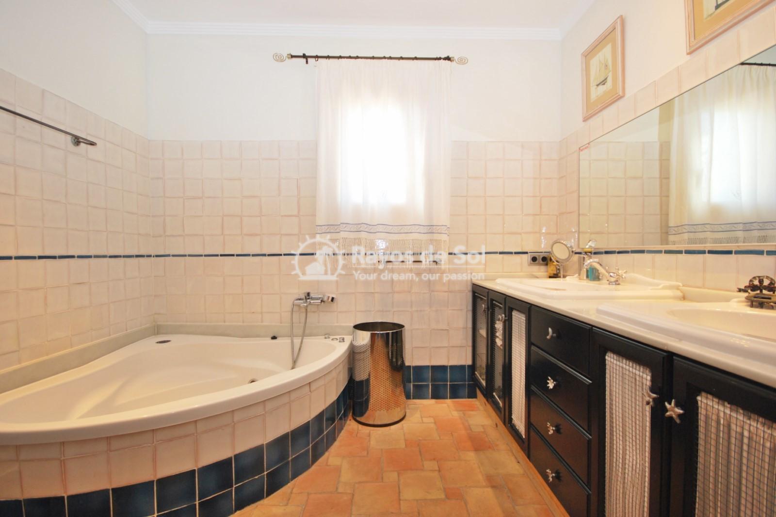 Villa  in Calpe, Costa Blanca North (3551) - 30