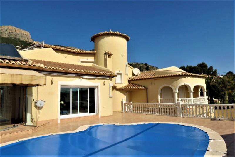 Villa  in Calpe, Costa Blanca North (cbd815x) - 1