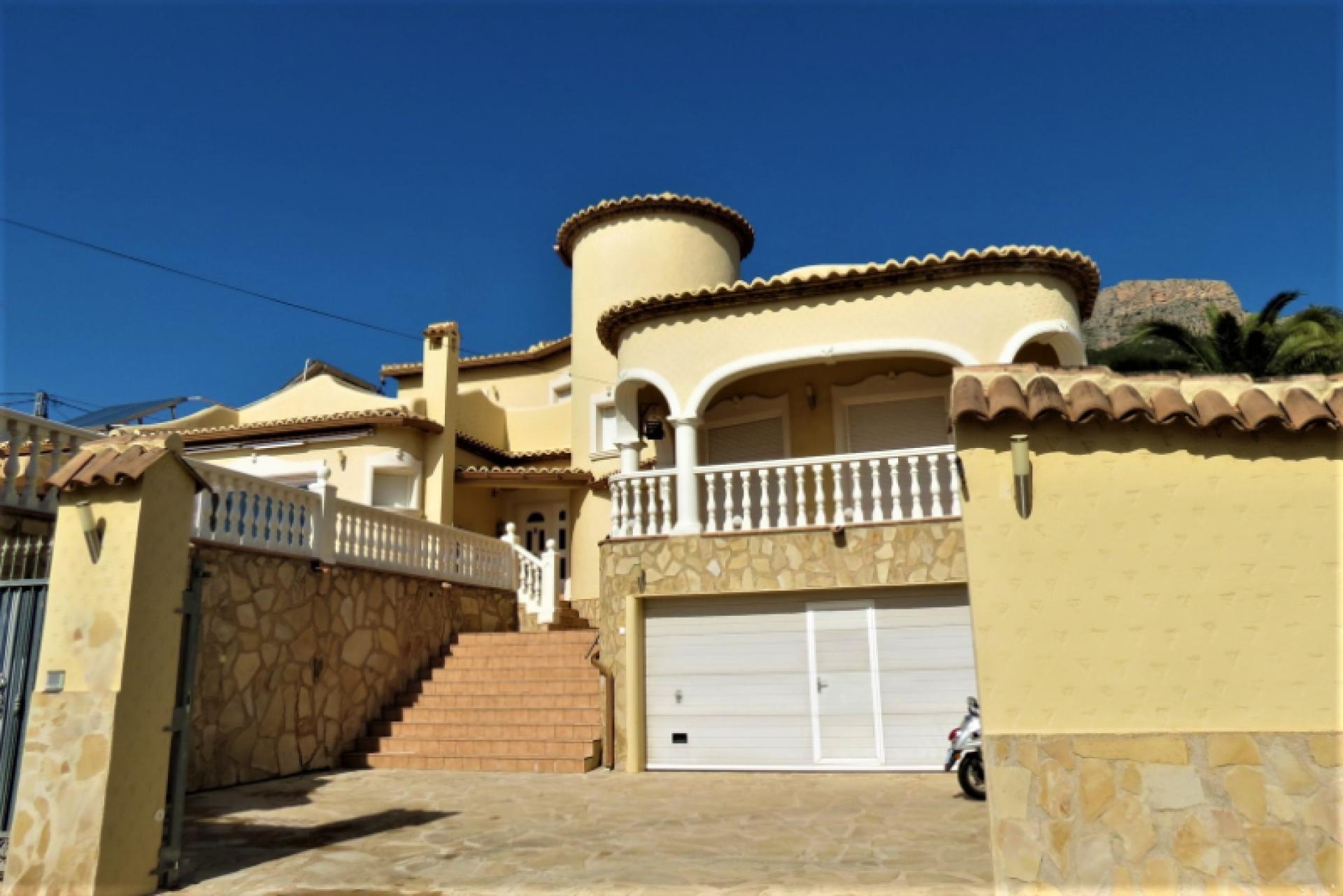 Villa  in Calpe, Costa Blanca North (cbd815x) - 2