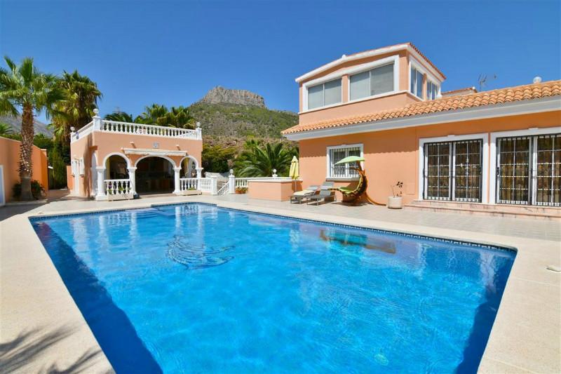 Villa  in Calpe, Costa Blanca North (cbd1107) - 2