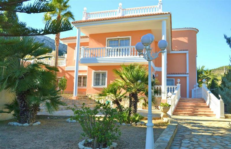 Villa  in Calpe, Costa Blanca North (cbd1107) - 1