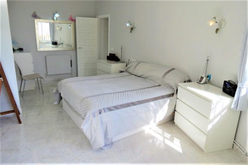 Villa  in Cumbre Del Sol, Costa Blanca (cbde1435) - 18