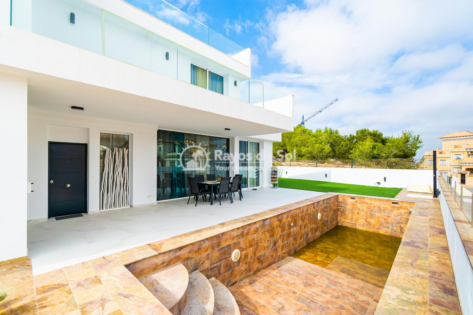 Detached villa  in Villamartin, Orihuela Costa, Costa Blanca (VIATAH3-3V) - 8