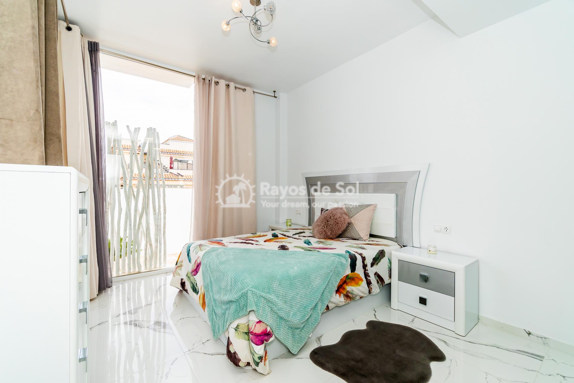 Detached villa  in Villamartin, Orihuela Costa, Costa Blanca (VIATAH3-3V) - 22