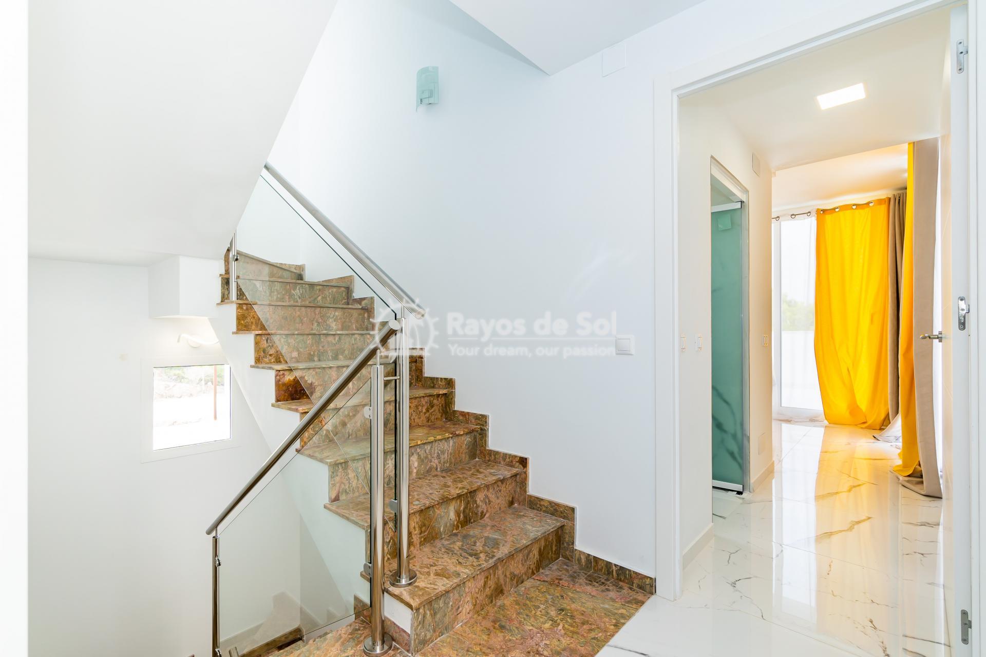 Detached villa  in Villamartin, Orihuela Costa, Costa Blanca (VIATAH3-3V) - 49