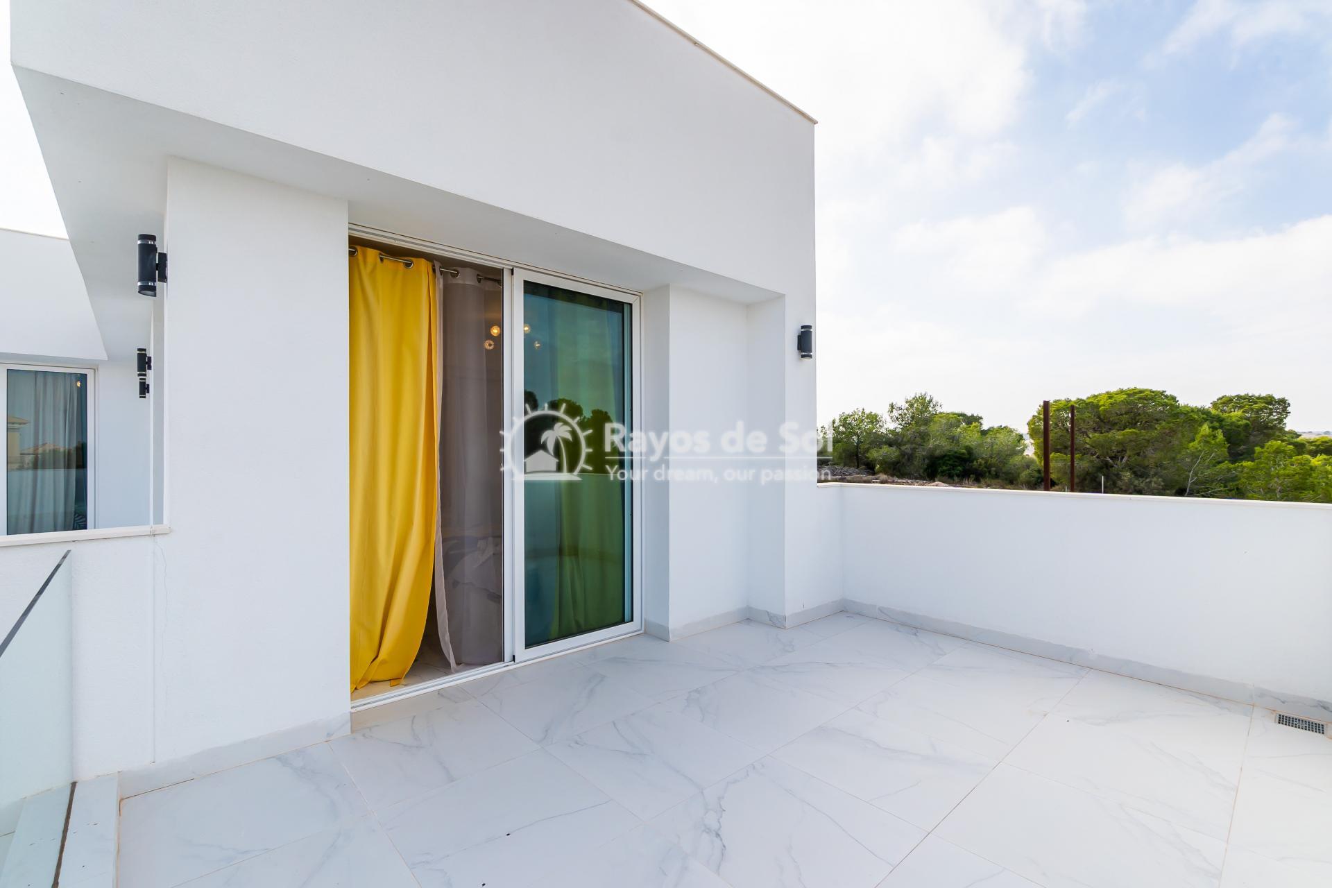 Detached villa  in Villamartin, Orihuela Costa, Costa Blanca (VIATAH3-3V) - 39