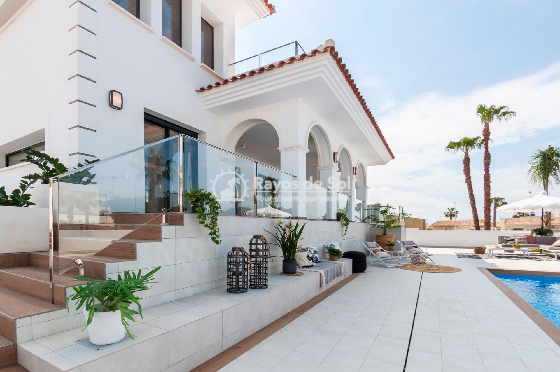 Turnkey newbuild villa  in Doña Pepa, Ciudad Quesada, Costa Blanca (QUEUVOL3-2) - 2