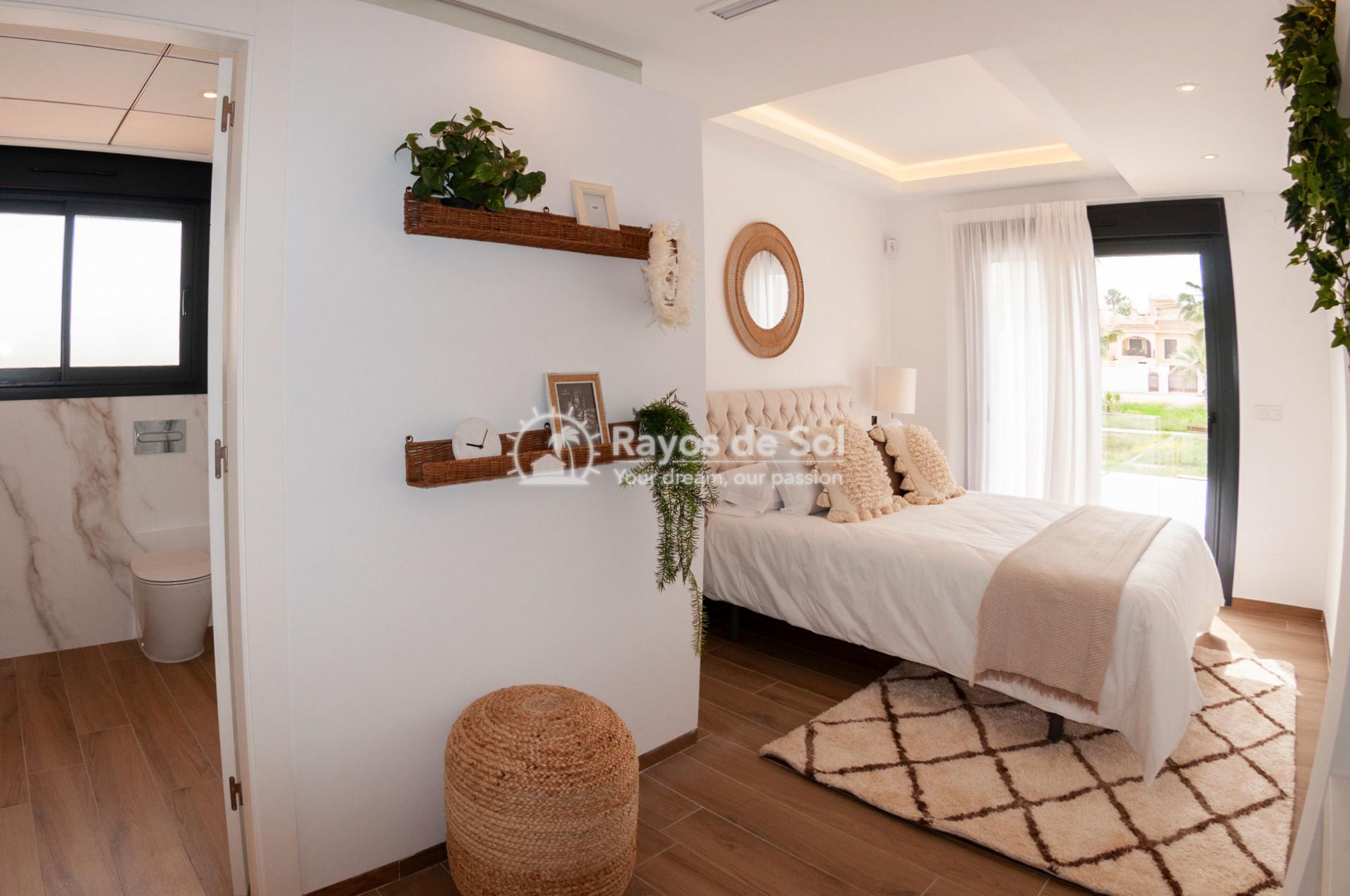 Turnkey newbuild villa  in Doña Pepa, Ciudad Quesada, Costa Blanca (QUEUVOL3-2) - 11