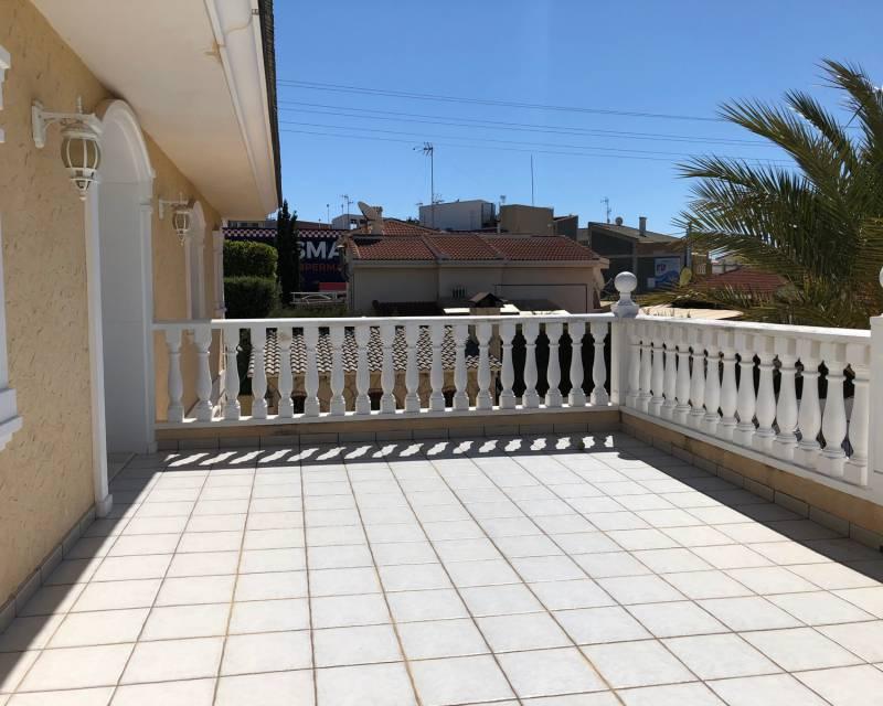 Villa  in Ciudad Quesada, Costa Blanca (slp346) - 25