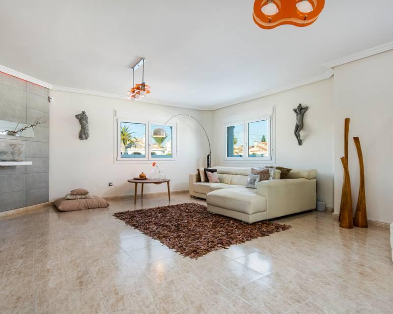 Villa  in Ciudad Quesada, Costa Blanca (slp1056) - 5