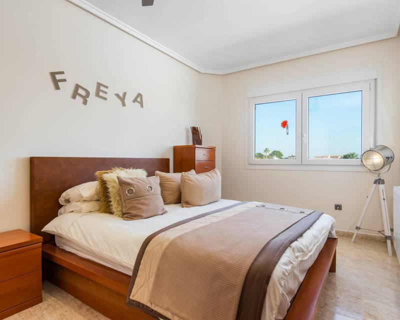 Villa  in Ciudad Quesada, Costa Blanca (slp1056) - 15