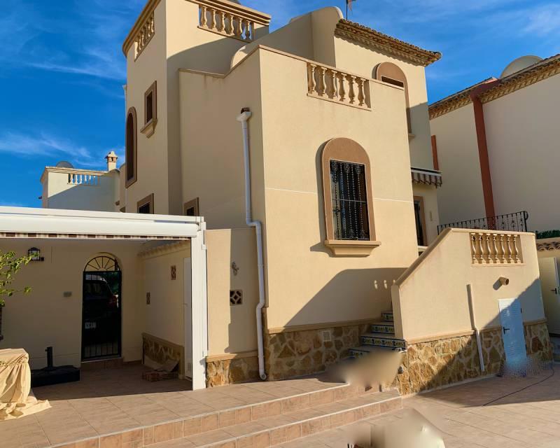 Villa  in Ciudad Quesada, Costa Blanca (slp2112) - 17