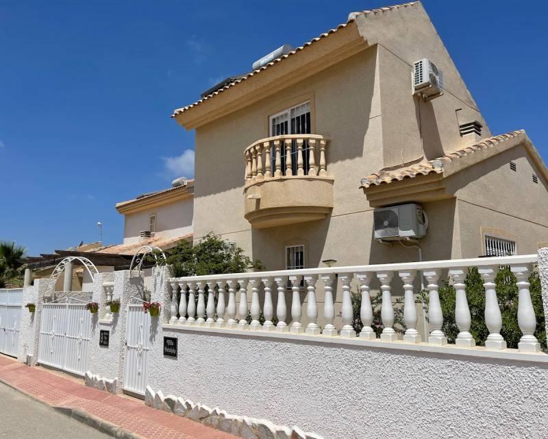 Villa  in Ciudad Quesada, Costa Blanca (slp2171) - 1