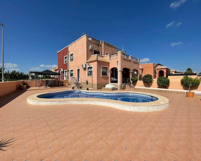 Villa  in Los Montesinos, Costa Blanca (slp2175) - 1