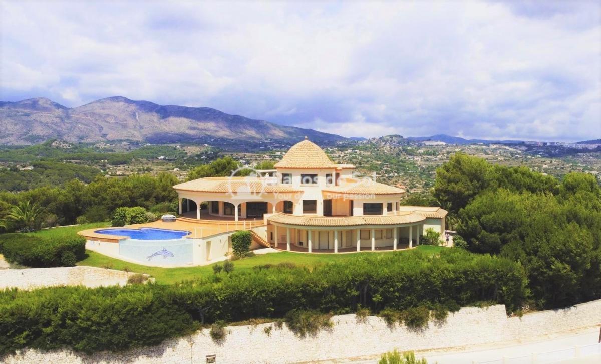 Villa  in Calpe, Costa Blanca North (3128) - 1