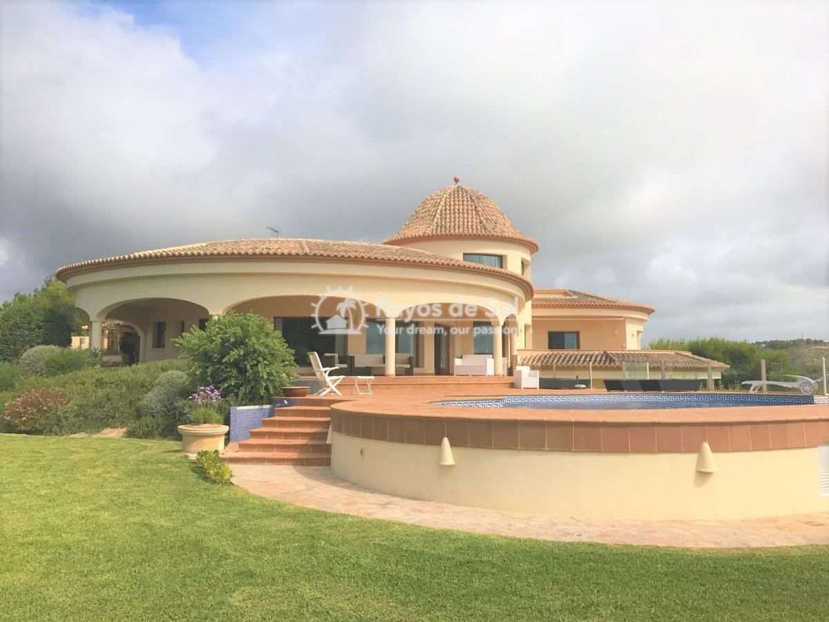 Villa  in Calpe, Costa Blanca North (3128) - 2