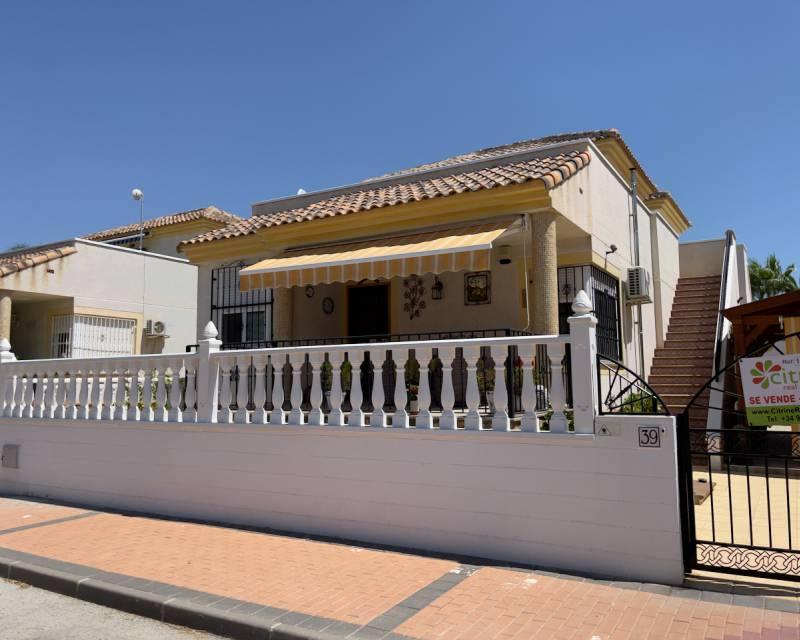 Villa  in Algorfa, Costa Blanca (slp2187) - 1
