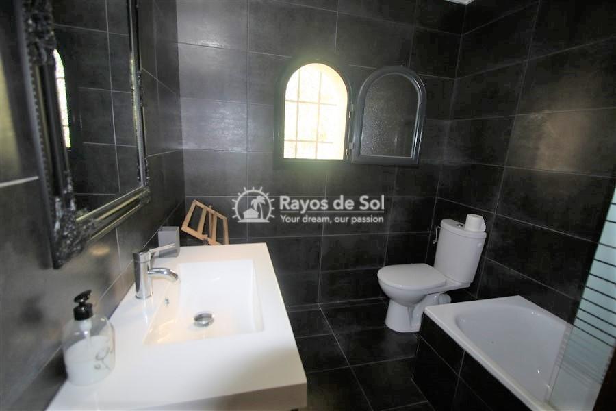 Villa  in Calpe, Costa Blanca North (3131) - 16