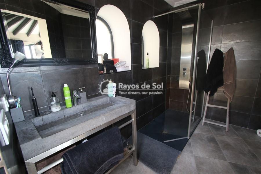 Villa  in Calpe, Costa Blanca North (3131) - 14